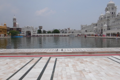 Amritsar & Golden Temple - View of the Pond