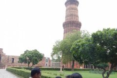 Qutub Minar - Guide explaining to the Children