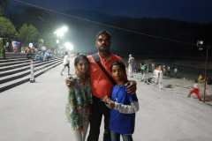 Rishikesh Triveni Ghat Aarti - I am with Gayathri and Nandan