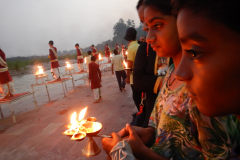 Rishikesh Triveni Ghat Aarti - Nandan and Gayathri with the Diya