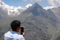 Manali Rohatang Pass - Bhim, our pilot is clicking a picture