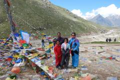 Manali Rohatang Pass - Family at the destination