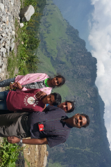 Manali Rohatang Pass - Family is posing