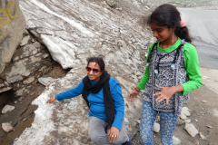 Manali Rohatang Pass - Ice by the side of the road