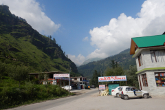 Manali Rohatang Pass - Restaurant where we had lunch on the way