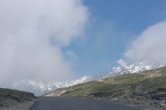 Manali Rohatang Pass - Road, disolate in front