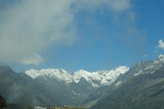 Manali Rohatang Pass - Snow capped Mountains