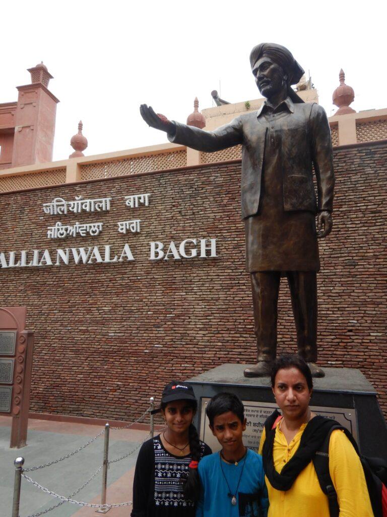 Amritsars Jalian Wala Bhagh Bhagath Singh Statue