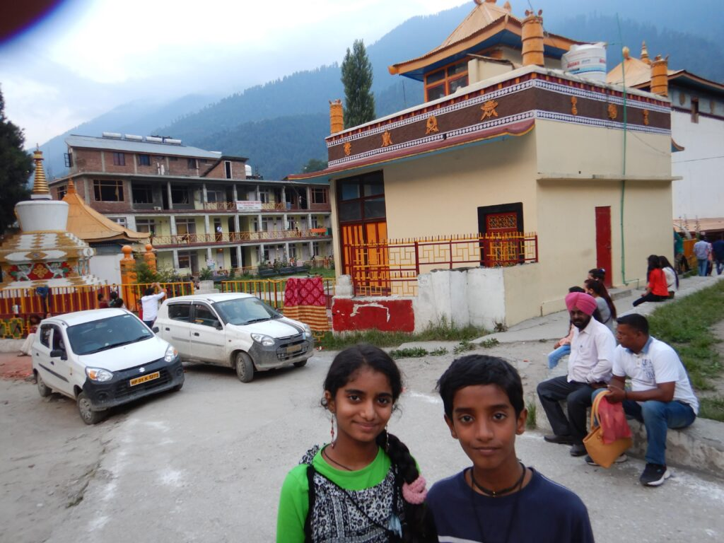 Manali - In front of a beautiful Tibetan Monastery