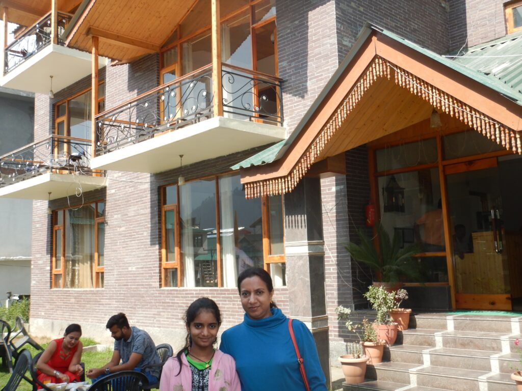 Manali - In front of our Hotel, Thomas Villa