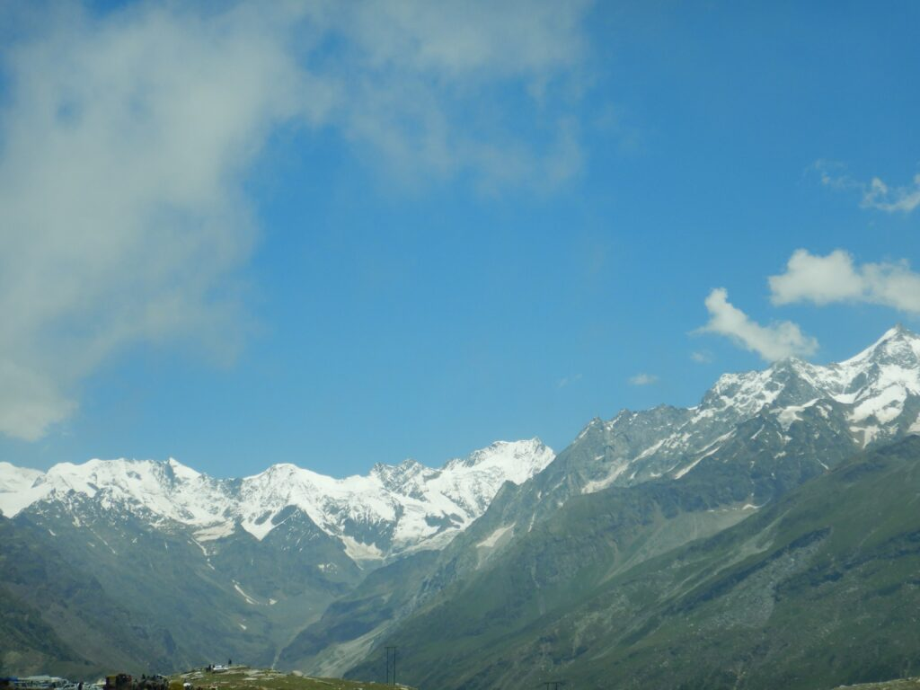 Rohtang Pass - another picture of the snow clad mountains on the way to the Pass
